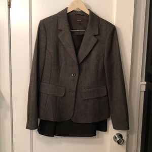 Santorelli jacket and skirt
